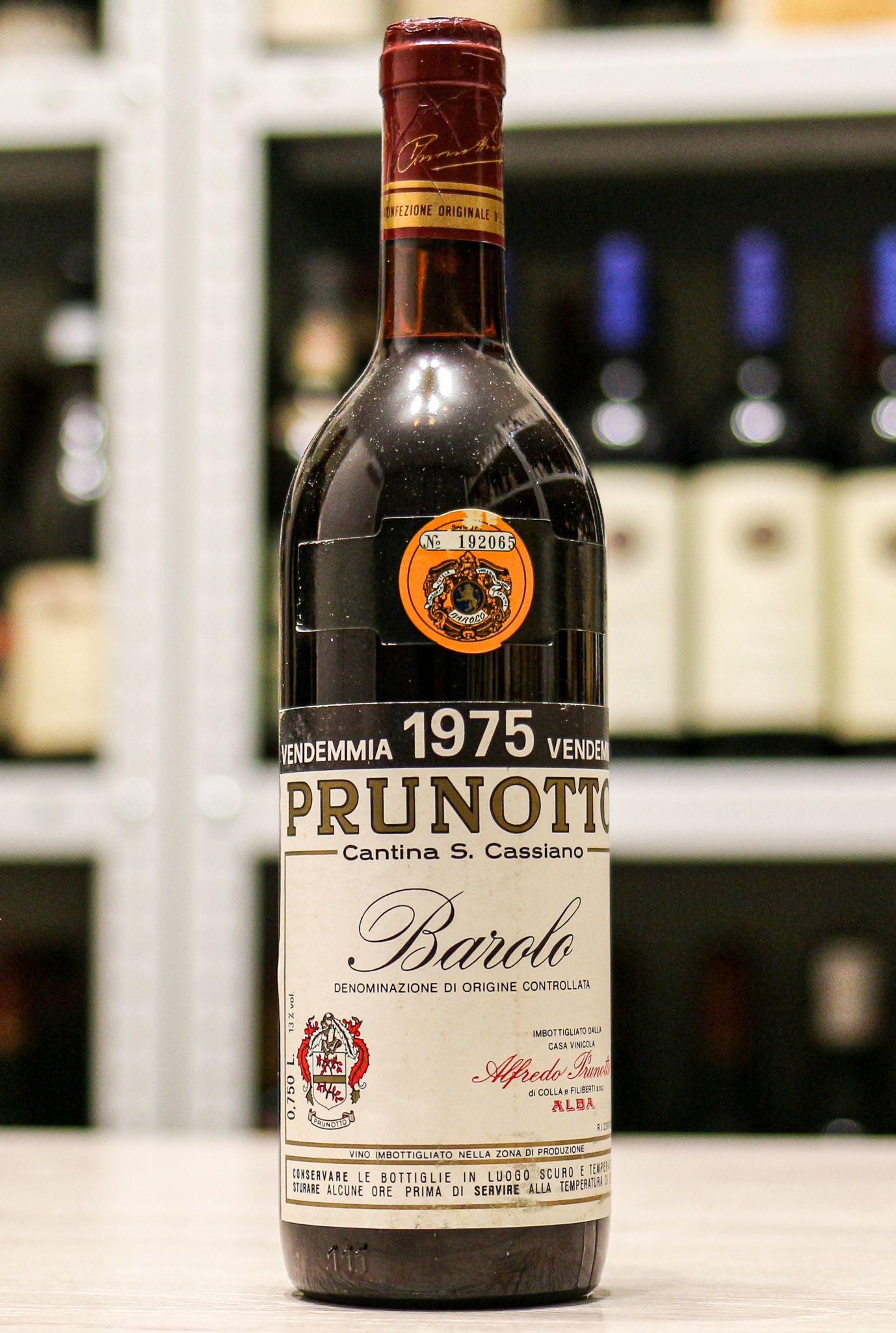 Красное вино Barolo Prunotto 1975 года урожая