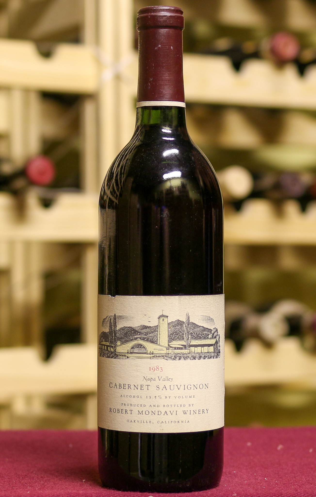 Вино Napa Valley Robert Mondavi Winery 1983 года урожая